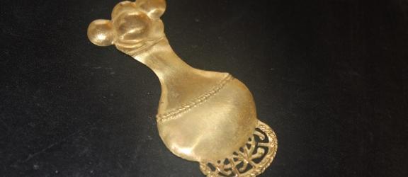 Talismano Etrusco Oro puro 24k – Portafortuna Fertilità – VENDUTO