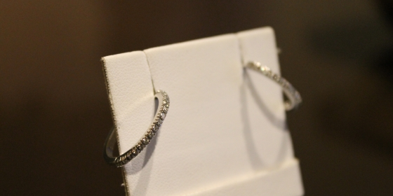 Orecchini con diamanti – Venduti