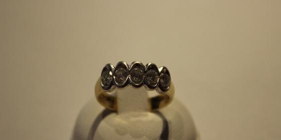 Anello con Diamanti [VENDUTO]